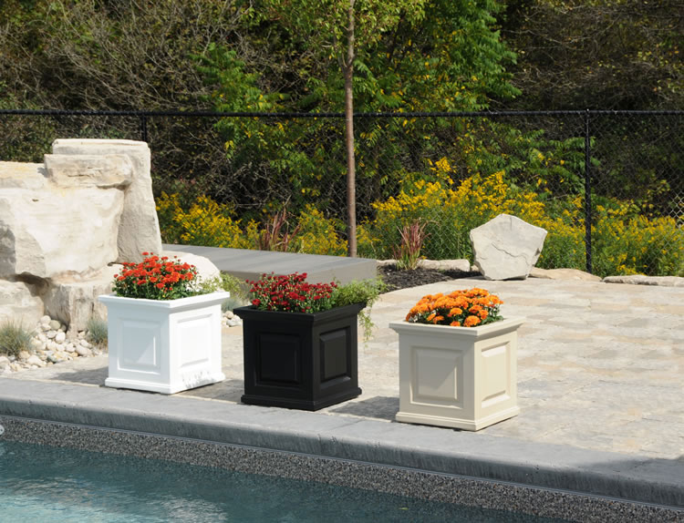 Nantucket Patio Planter Box Colors 5865. »