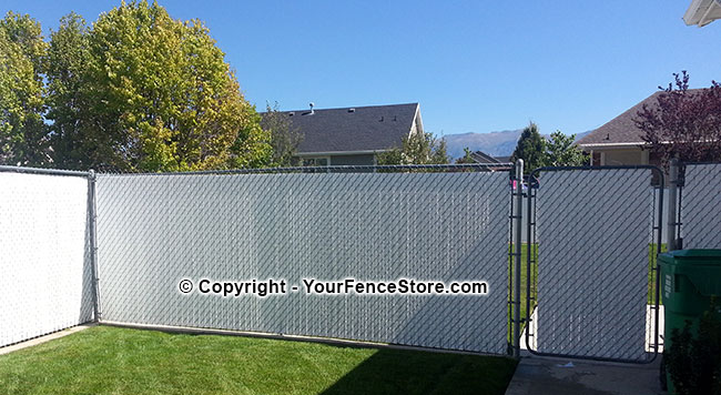 Ultimate fence slat for great privacy chain link